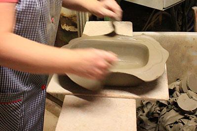 Ebavurage à la main poterie alsacienne